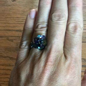 Jewelry - Beaded flower ring.